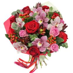 Крутой букет с розами